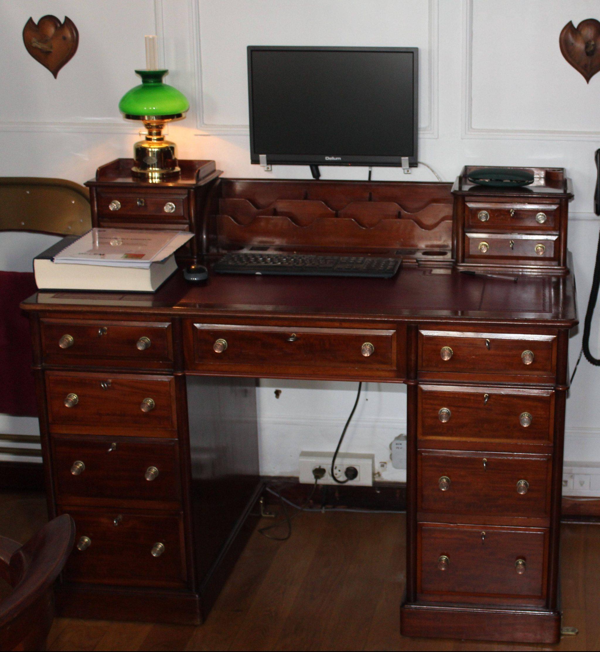 Belem restauration du mobilier du Salon du Commandant