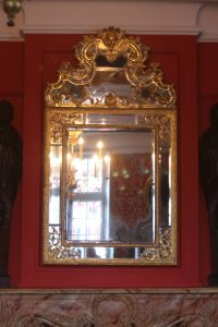 Maison de Louis XIV - Restauration d'un miroir - état final